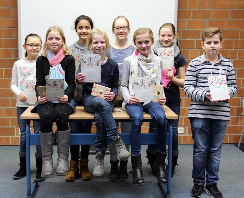 Mieke Wernsmann Gewinnt Vorlesewettbewerb 2016 Mallinckrodt Gymnasium
